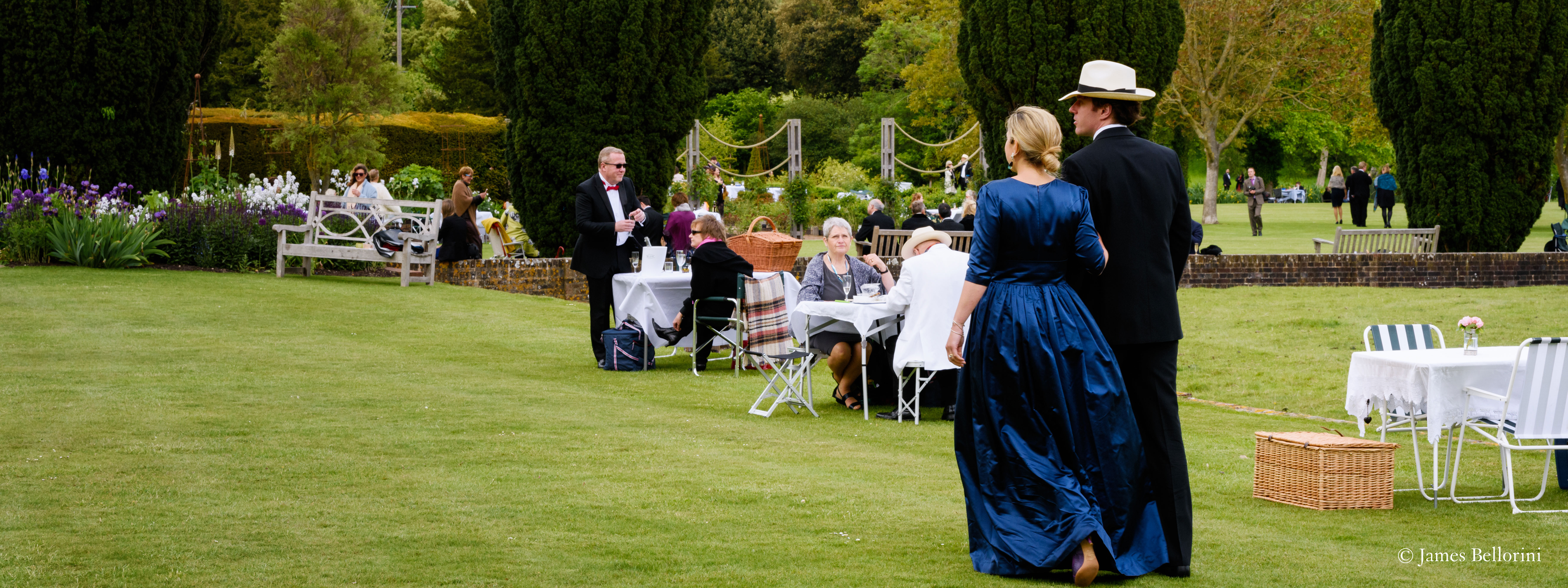 Guests enjoying their day at the Glyndebourne festival in 2019