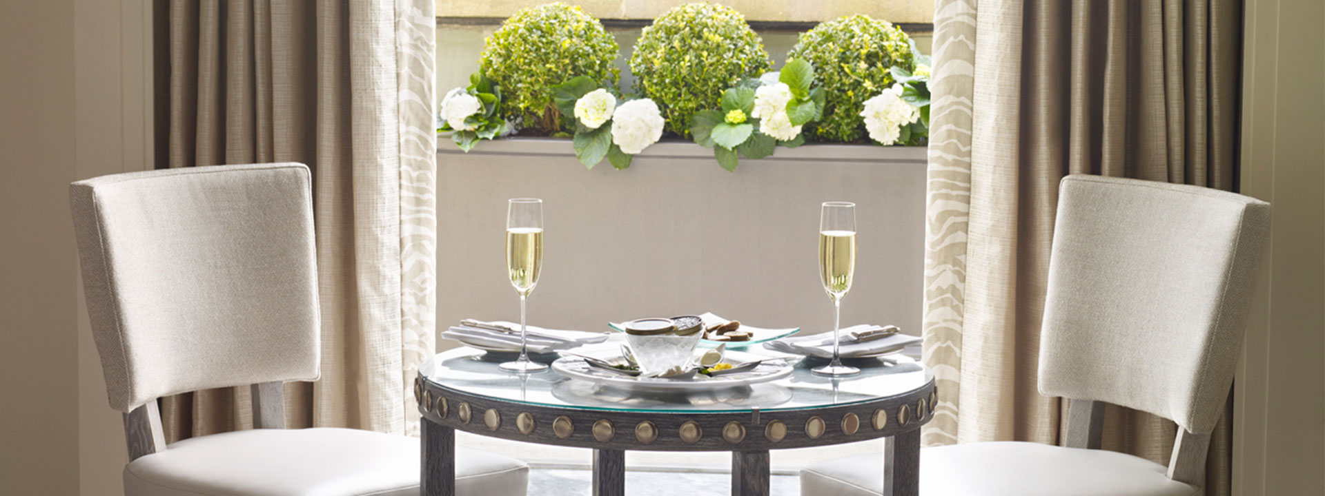Balcony Junior Suite Dining Area