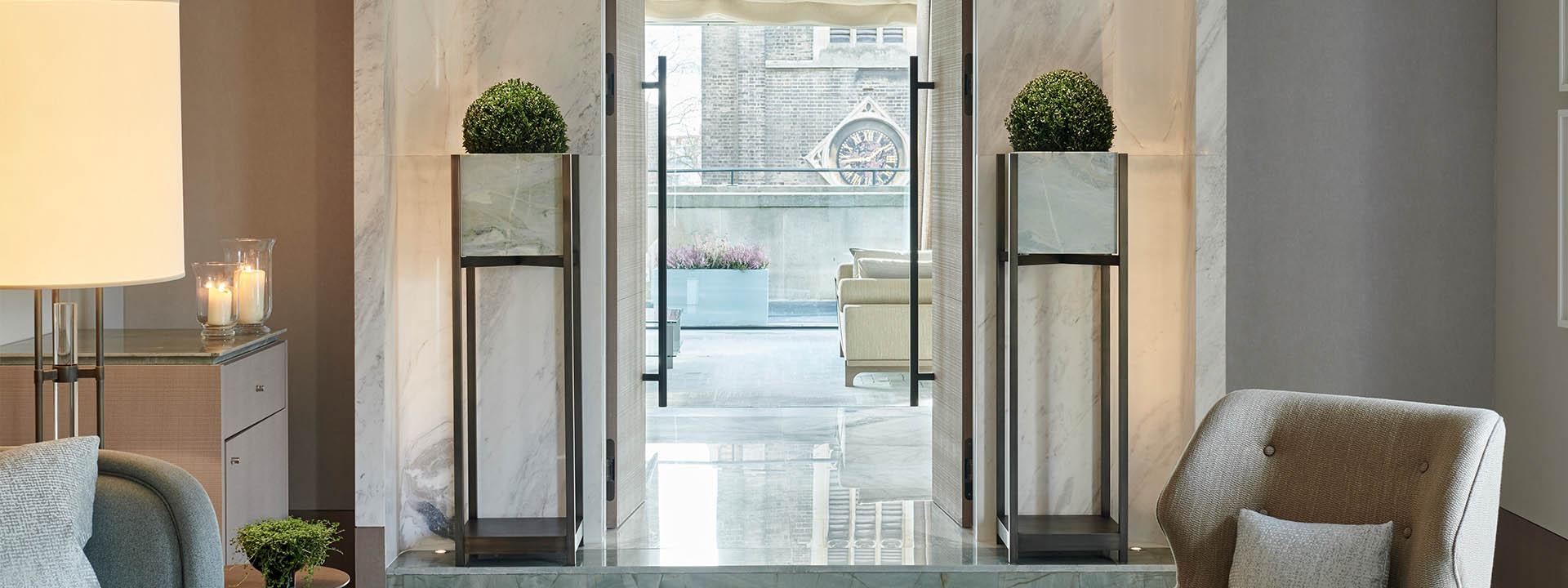 Crescent Pavilion Penthouse Hallway