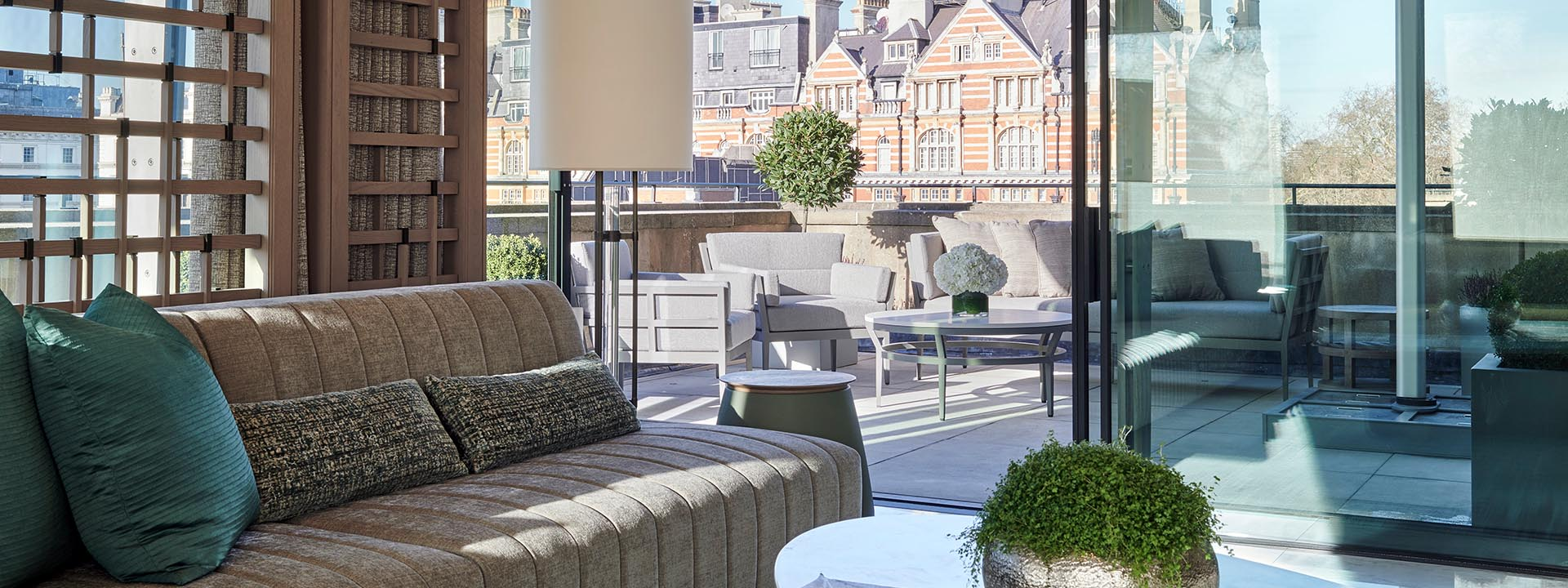 Crescent Pavilion Penthouse Terrace