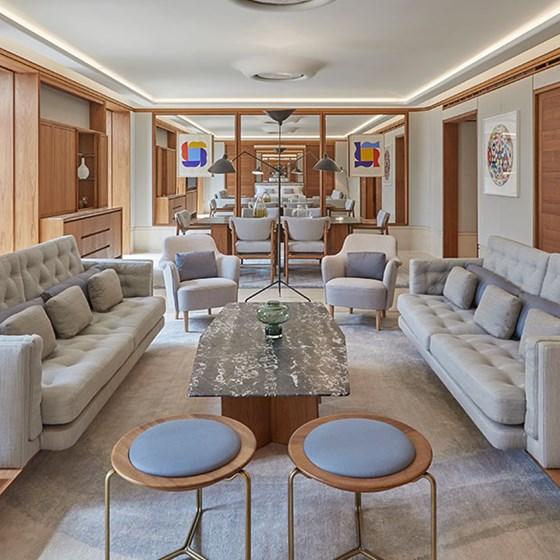 Best Apartment Finder Websites: Balcony Junior Suite: One-Bedroom Suite